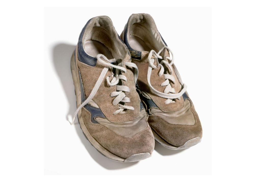 chaussures usées - voûte plantaire