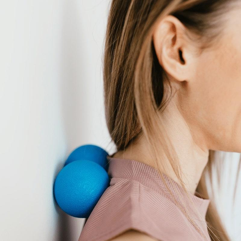auto-massage - noeuds musculaires - rouleau de massage